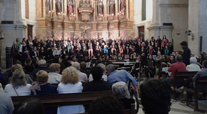 Concert del Cor de Majors de la UIB a Ses Salines