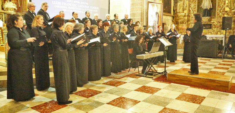 Orfeó UIB a l'acte Premi Popular cardenal Luis Ladaria
