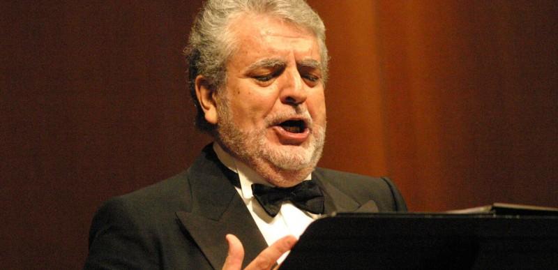 """""""Si no tengués el cant i la música, hi hauria un buit a la meva vida"""" afirma el baríton Joan Pons."""
