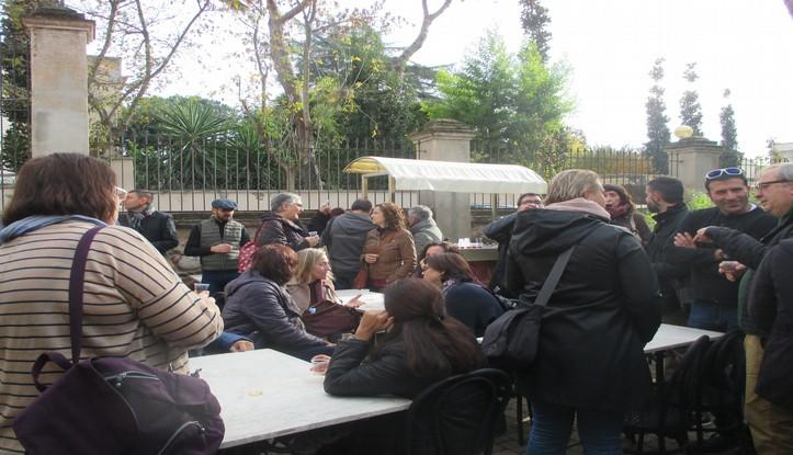tastant-la-ratafia-al-jardi-botanic