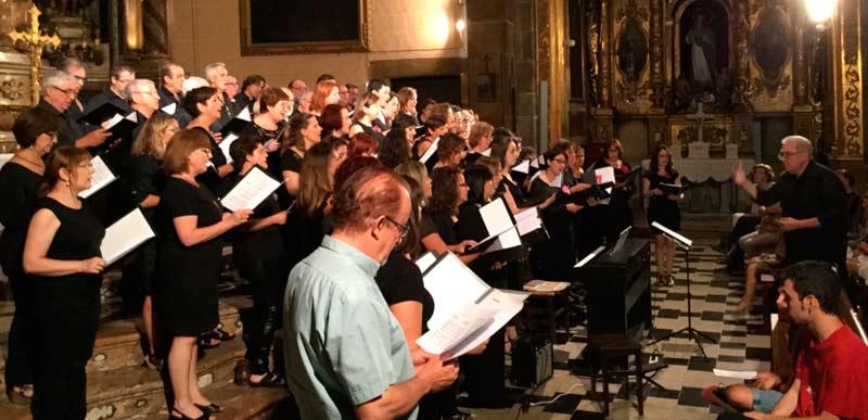 Concert Cor de Pares i Mares de la UIB juntament amb l'Orfeó d'Alaró